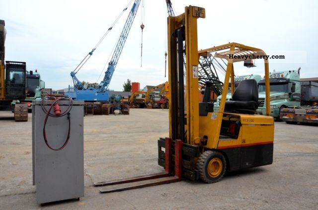 1990 Hyster  J25A Forklift truck Front-mounted forklift truck photo