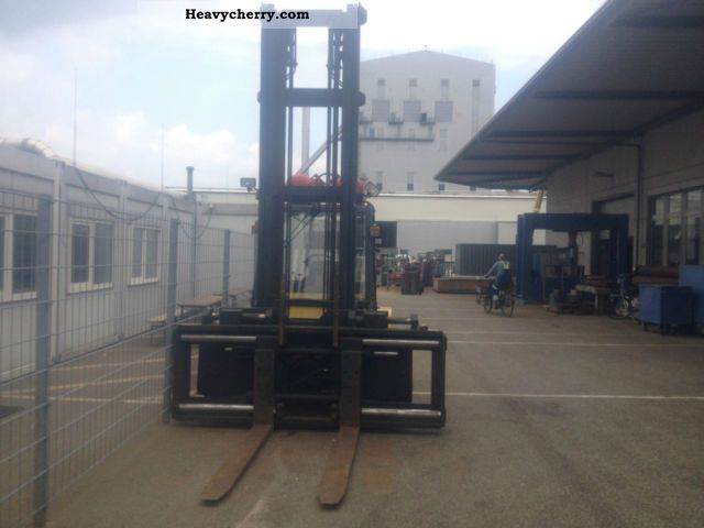 2004 Hyster  H 7.00 XL GAS LIFT HEIGHT 6 M ANTIREB Forklift truck Front-mounted forklift truck photo