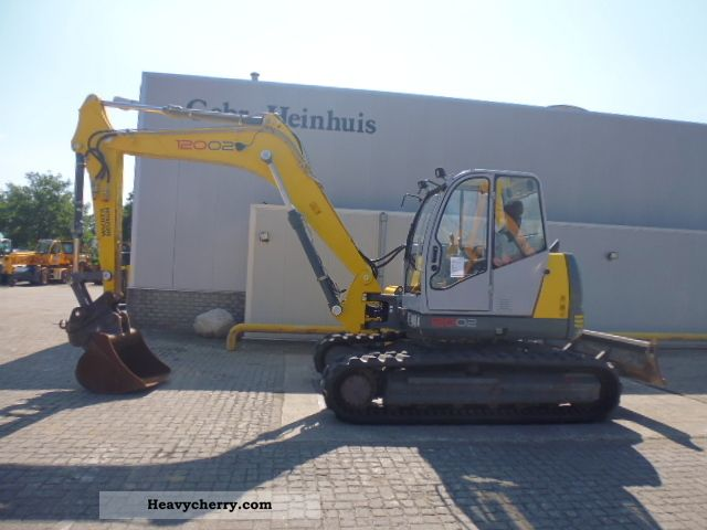 2009 Neuson  12002 RD Construction machine Mini/Kompact-digger photo